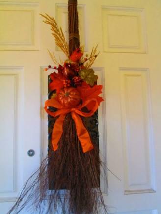 Pretty pumpkin broom - can hang on a door - made to match pumpkin wreath