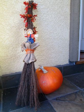 Sweet scarecrow broom greets your guests - made to match scarecrow wreath